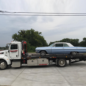 At Barretts we offer towing in Murfreesboro TN and  Middle Tennessee